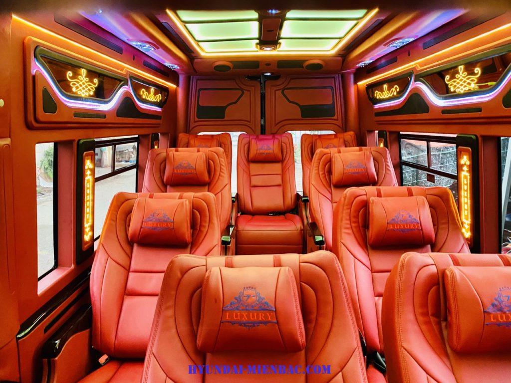 Xe khách Gaz Limousine